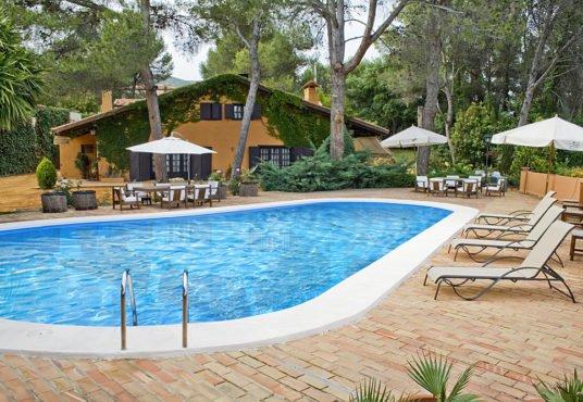 Chalet con piscina y preciosa terraza ontinyent