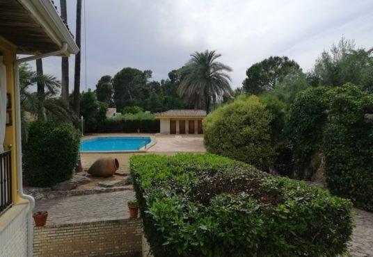 piscina chalet en venta Ontinyent