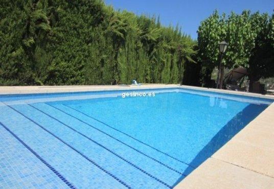 piscina chalet en venta xativa