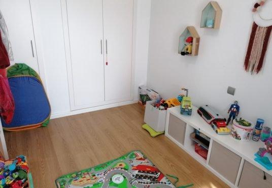 dormitorio infantil atico en venta