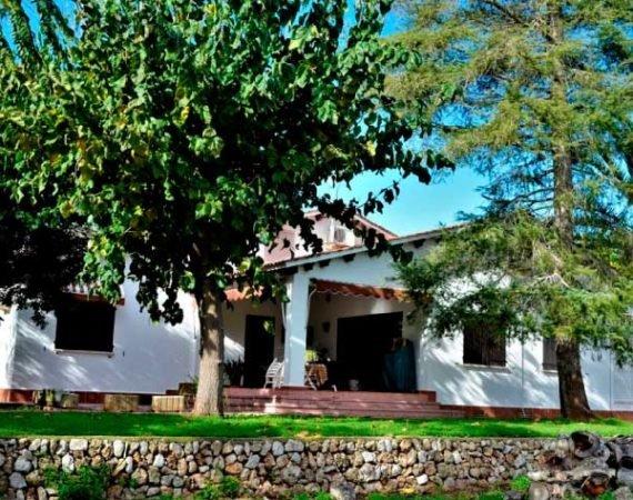 Casa con terreno en venta en inmobiliaria Gandia